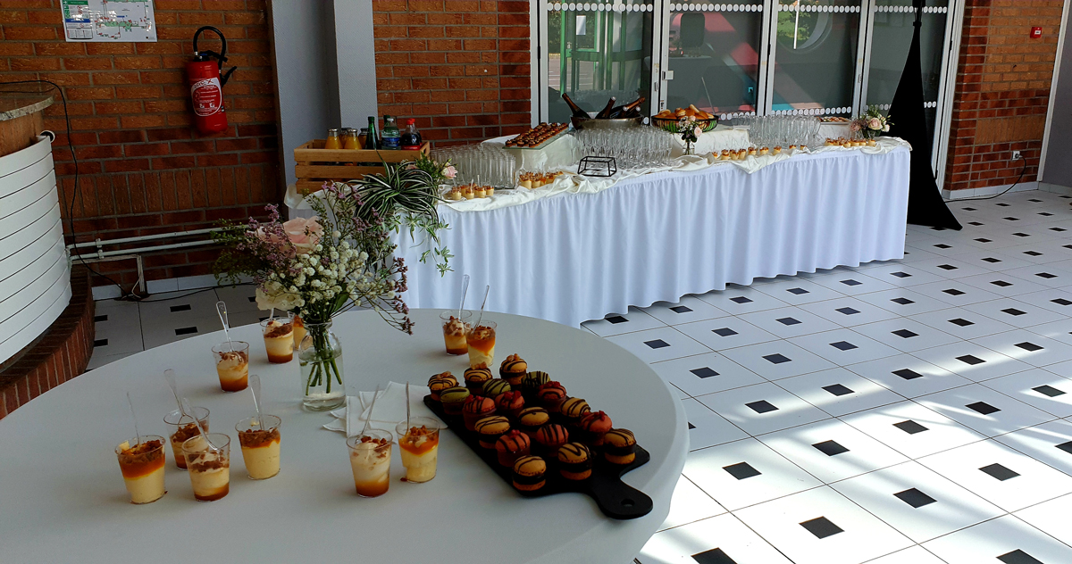 buffet-vin-d'honneur-verrine-traiteur-mariage-entr-e2-entr-e2