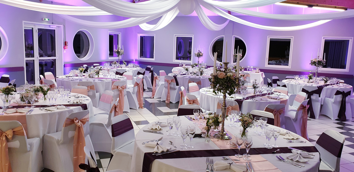 centre-de-table-chandelier-noeuds-satin-rose-aubergine-tenture-centre-de-table-cage-perle-entr-e2-3