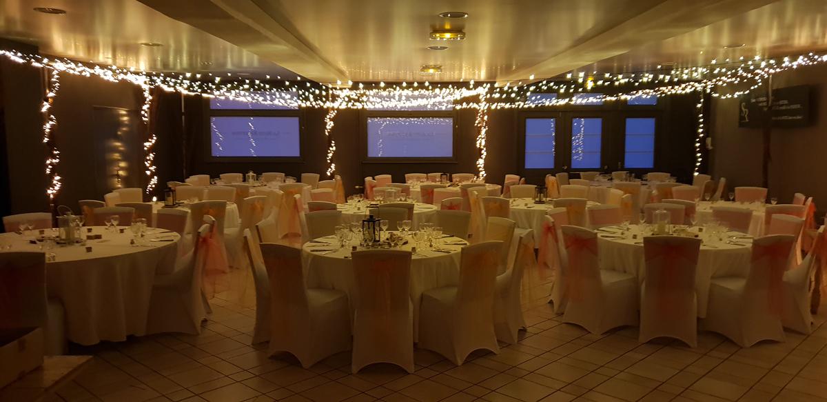 décoration-mariage-champêtre-lumineux-entr-e2