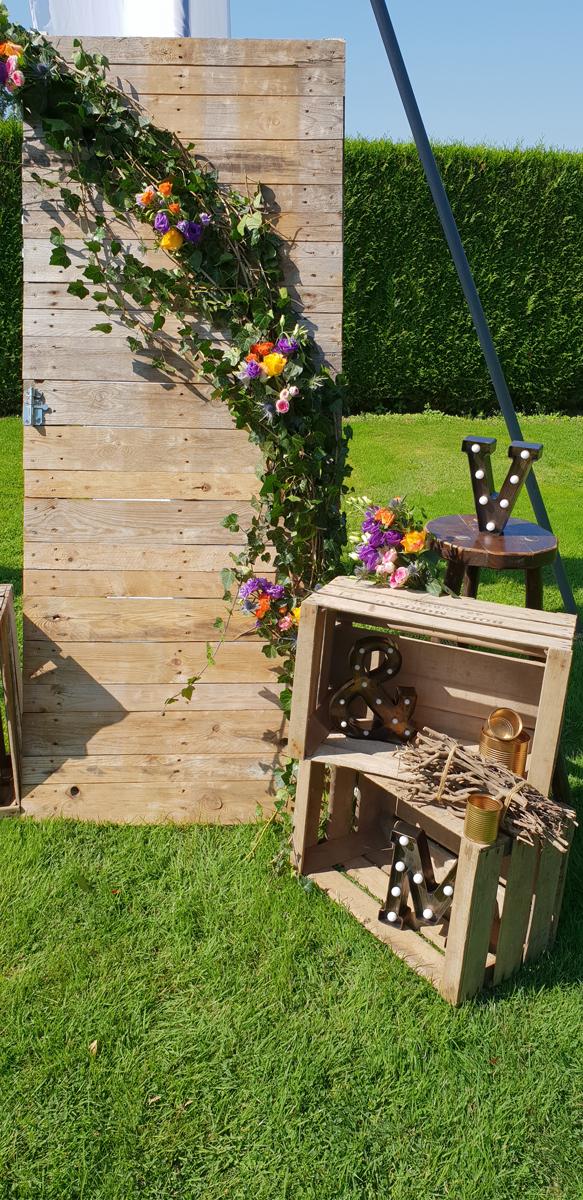 décoration-photobooth-champêtre--cagette--lettre-vintage-entr-e2